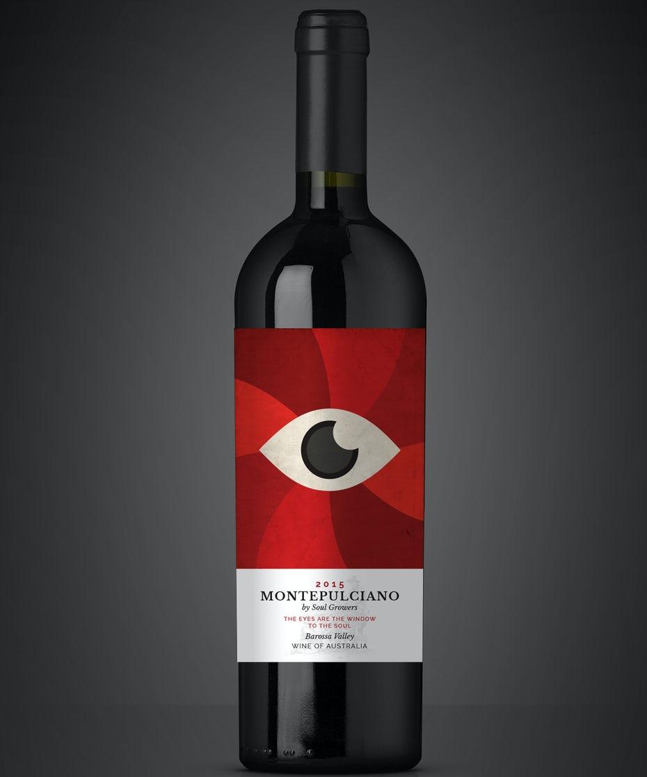 Đồ họa hiện đại kết hợp với một phông chữ serif truyền thống hơn tạo ra một sự kết hợp thú vị. Nhãn rượu Montepulciano của Nestorson cho rượu Soul Growers.