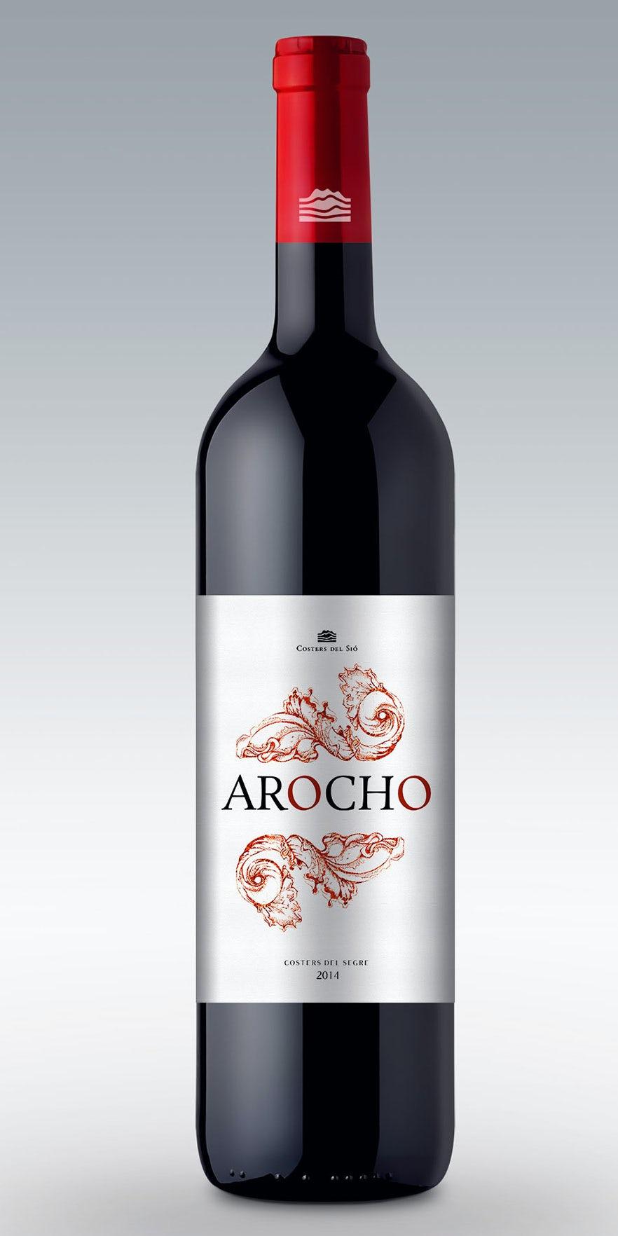 Một thiết kế nhãn rượu truyền thống sử dụng màu đỏ đậm để gợi lên sự táo bạo của nho. Nhãn rượu Arocho bởi tale026.