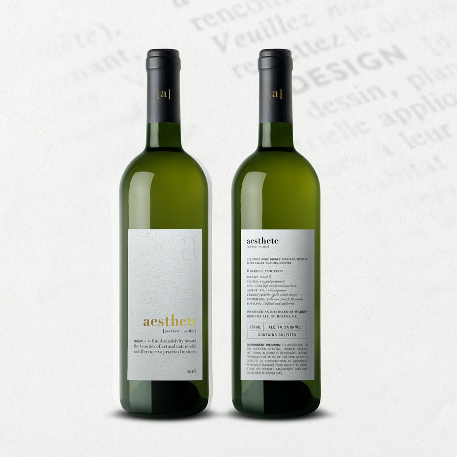 Mặt sau của nhãn của bạn có thể bao gồm thông tin thú vị, thú vị về rượu vang của bạn, nhưng cũng cần bao gồm một số thông tin quan trọng. # 243 bởi O A T E cho Rượu vang Esthete.